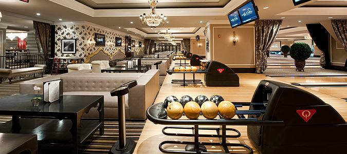 bowlingové centrum QubicaAMF